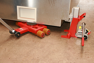A toe jack for confined spaces is shown in this picture.